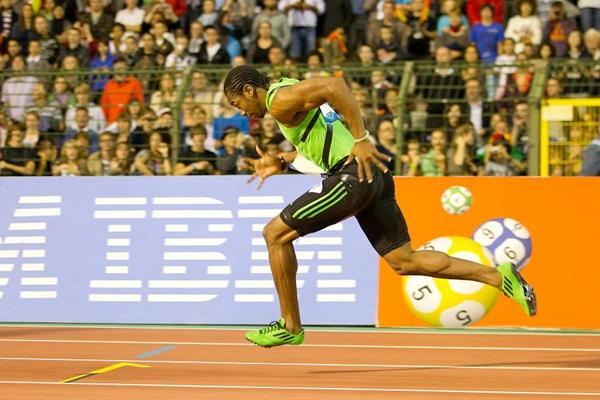 Blake getting back to top form with 200m win in Jamaica | iaaf.org