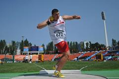 Konrad Bukowiecki in the boys' Shot Put at the IAAF World Youth Championships 2013 (Getty Images)