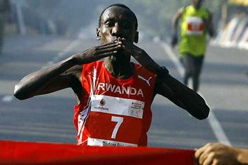 Dieudonne Disi wins in Delhi in 2007 (AFP / Getty Images)