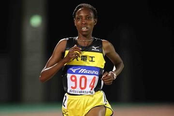 the history of women in long distance running competitions Long-distance running history prehistoric running long-distance road running competitions are mainly conducted on courses of paved or tarmac roads.