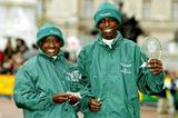 Margaret Okayo and Evans Rutto with their winner's trophies in London (Getty Images)